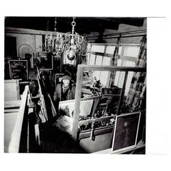 Fotogrāfiju komplekts 3gab., Konrāds Ubāns savā darbnīcā