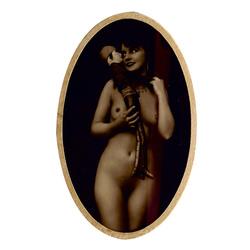 Erotiska fotogrāfija ar lelli