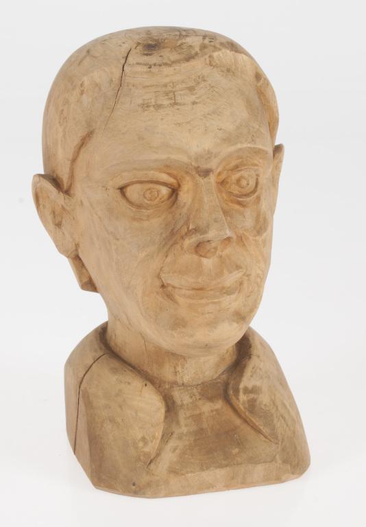 Wooden figure-bust
