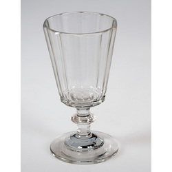 Stikla glāzīte