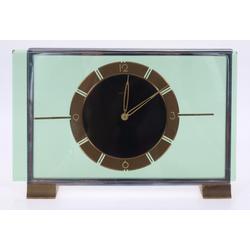 Art-deko stila pulkstenis