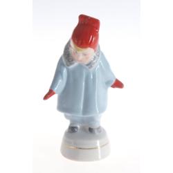 """Porcelāna figūriņa """"Meitene ar sarkanajiem cimdiem"""
