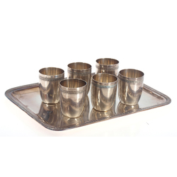 Sudraba komplekts (6 glāzes un paplāte)