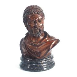 """Špialtra krūšutēls """"Romietis"""" uz marmora pamatnes"""