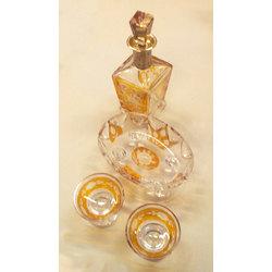 Krāsainā stikla komplekts ar sudraba apdari – Karafe, divas glāzītes un saldumu trauks