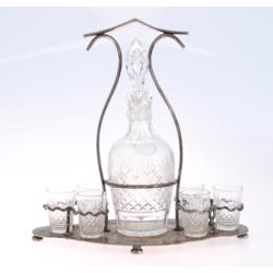 Kristāla karafe ar 6 glāzītēm un apsudrabotu statīvu