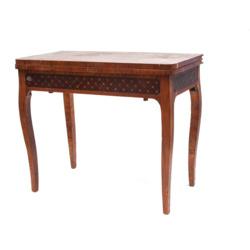 Sarkankoka spēļu galdiņš