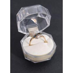 Zelta gredzens ar briljantiem un safīriem