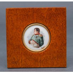 """Karēlijas bērza dekors ar apgleznotu porcelānu """"Napoleons"""