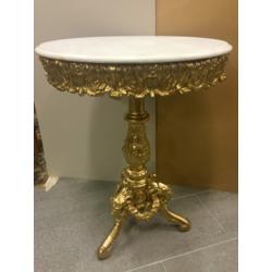 Koka galdiņš ar marmora virsmu