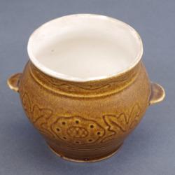Porcelāna medus trauks