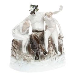 "Porcelāna figūra ""Fauns ar nimfām"""