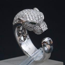 """Zelta gredzens Cartier stilā ar briljantiem un smaragdiem """"Pantera"""""""
