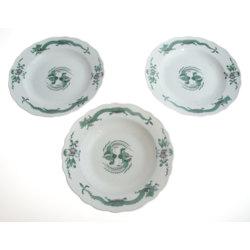 Porcelāna šķīvji (3 gab.)