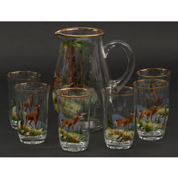 Stikla krūka ar sešām glāzēm ar medību tēmu