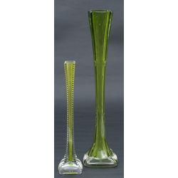 Divas stikla vāzes