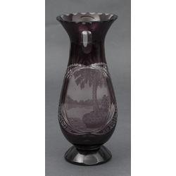 Dekoratīvā stikla vāze
