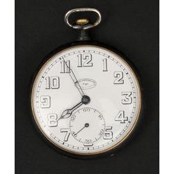 Metāla kabatas pulkstenis