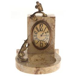 Art deko stila pulkstenis