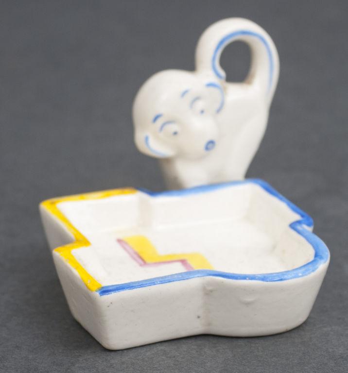 Porcelāna trauciņš