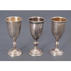 Серебряные стаканчики (3 шт.)