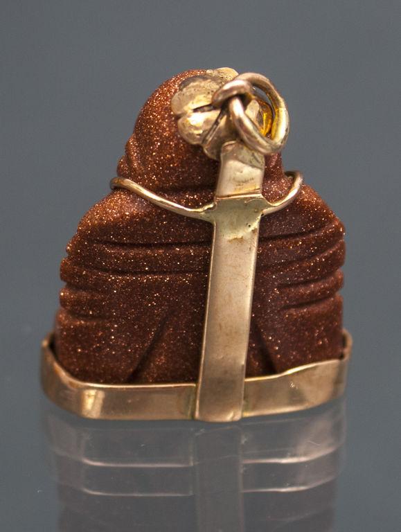 Kulons - Akmenī griezts buda zelta ietvarā