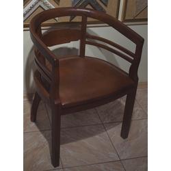 Rakstāmgalda krēsls