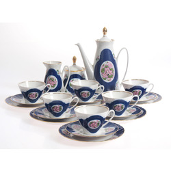 Porcelain service for 6 persons
