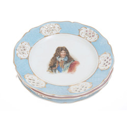 Porcelain plate's in Sevres style with aristocratic portraits (3 pcs.)