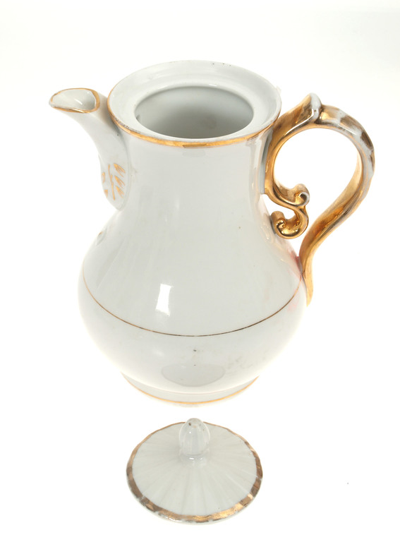 Porcelain tea/coffee pot
