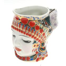 Dekoratīva porcelāna krūze ''Meitene(Piens)''