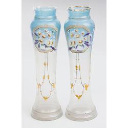 Jūgendstila stikla vāzes ar gleznojumu (2 gab.)