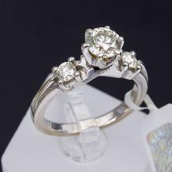 Zelta gredzens ar 3 dabīgiem briljantiem