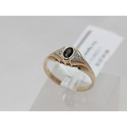 Золотое кольцо с 2 бриллиантами, сапфирами