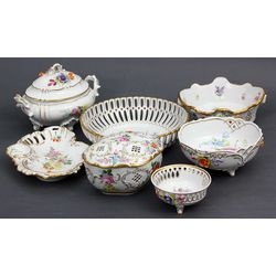Porcelain utensil set (7 pcs.)