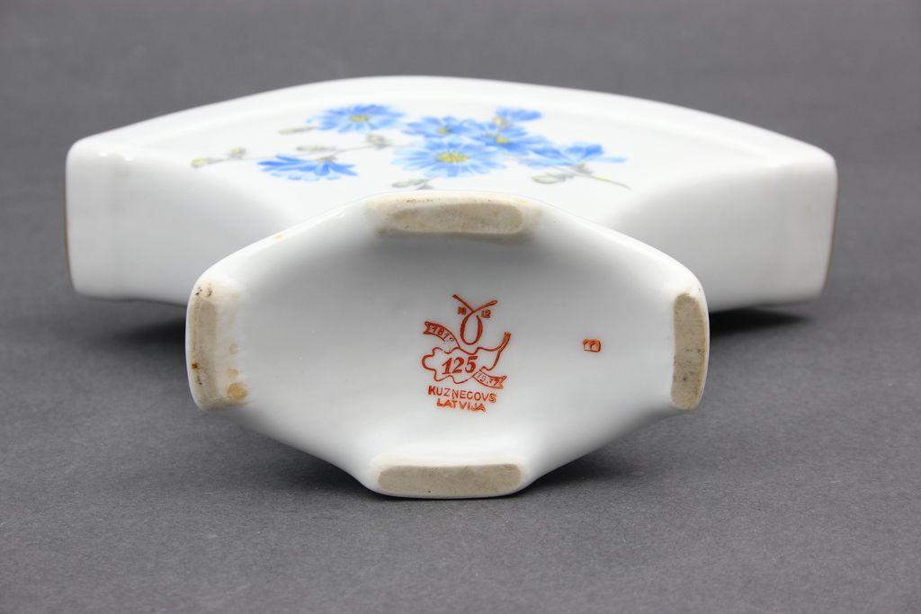 Porcelāna salvešu turētājs
