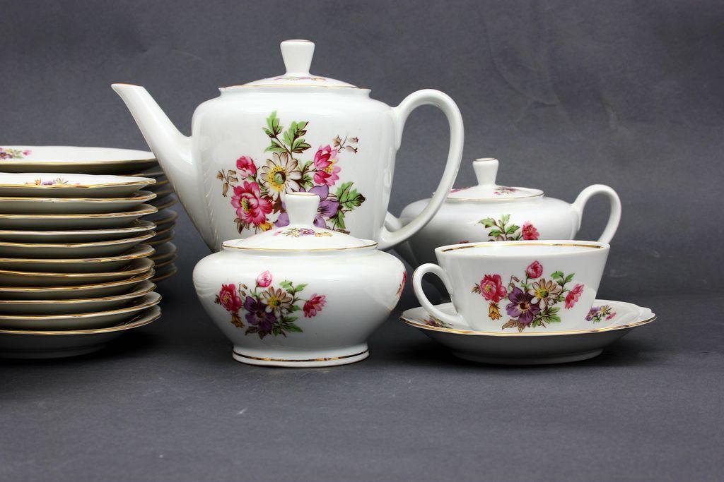Porcelāna tējas/kafijas servīze 12 personām