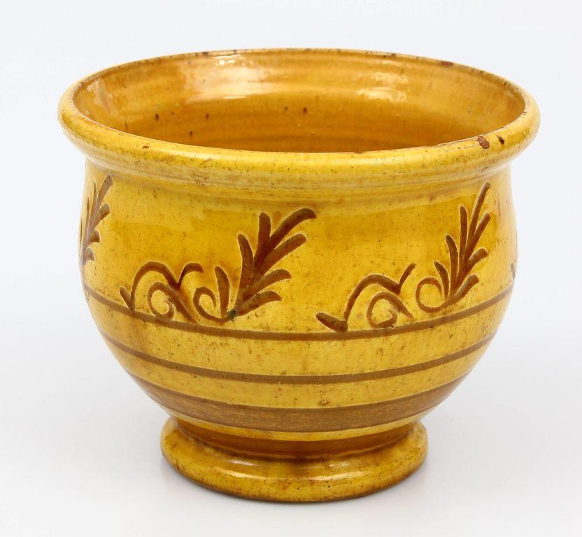Keramikas podiņš