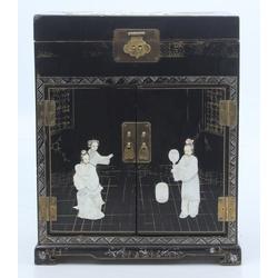 Китайская коробка / шкатулка с перламутром