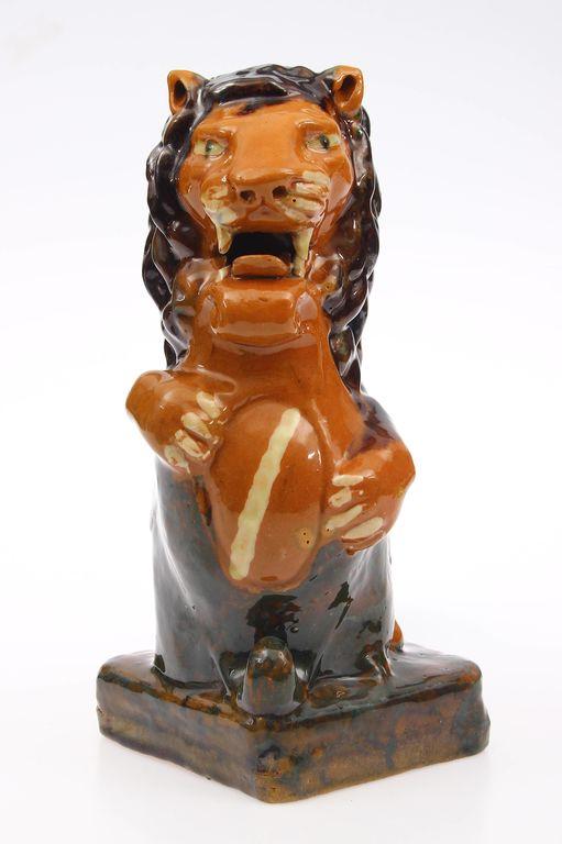 Keramikas figūra