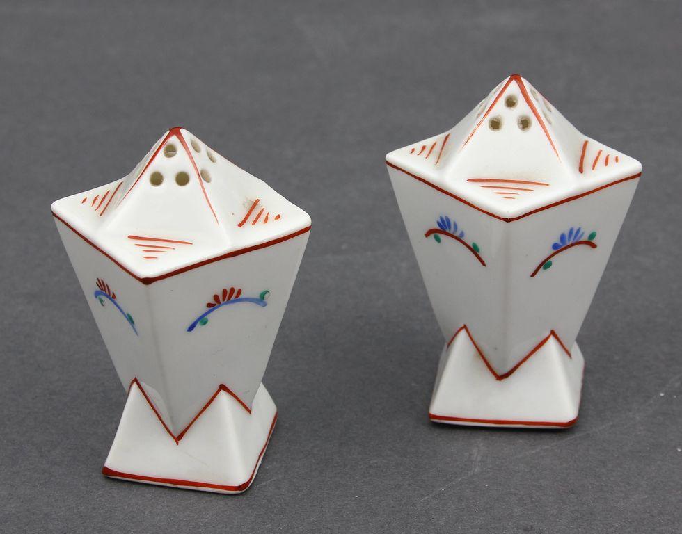 Porcelāna garšvielu trauciņi (2 gab.)