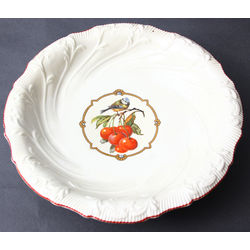Porcelain bowl for sweets