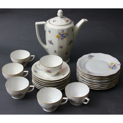 Porcelain tea set for 6 people