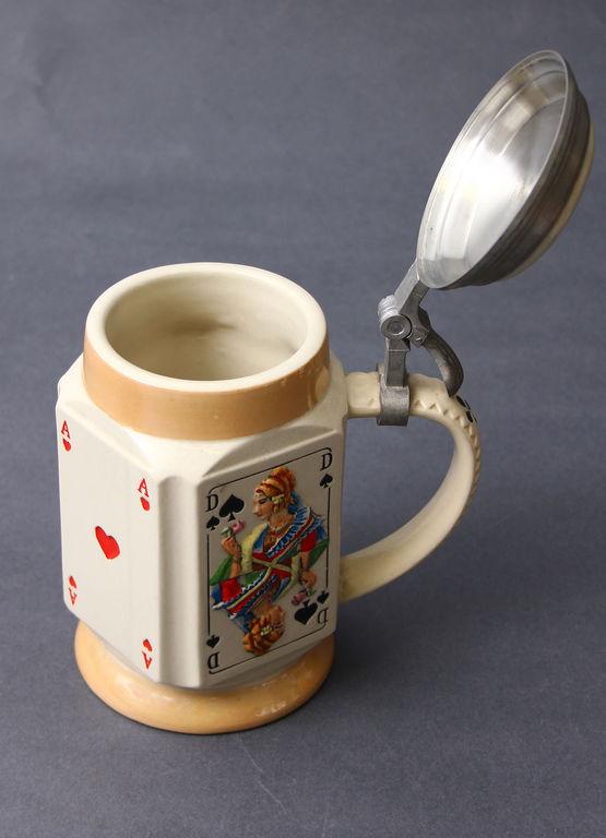 Porcelāna alus kauss ar metāla apdari