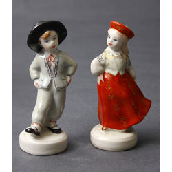 Pair of porcelain figures