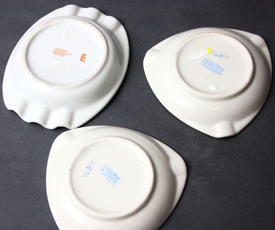 Porcelāna pelnutrauki 3 gab.