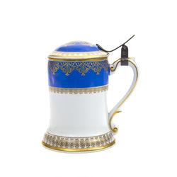 Kuzņecova porcelāna alus kauss ar zeltījumu