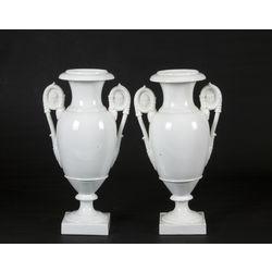 Ampīra stila porcelāna vāzes (2 gab.)