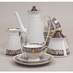 Porcelain set for 6 persons