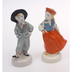 Pair of porcelain figures